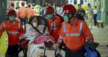 بالصور.. إصابة نحو 100 شخص فى تصادم عبارة بجسم مجهول فى هونج كونج