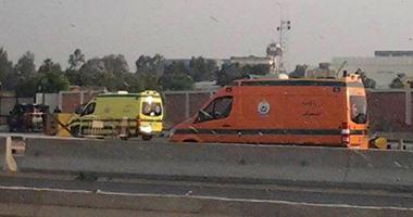 سيارات الإسعاف تصل قاعدة شرق القاهرة الجوية