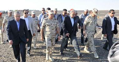 المهندس شريف إسماعيل رئيس الوزراء ووزير الدفاع صدقى صبحى