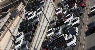 شلل مرورى بشوارع القاهرة والجيزة وسط تواجد مكثف لرجال المرور