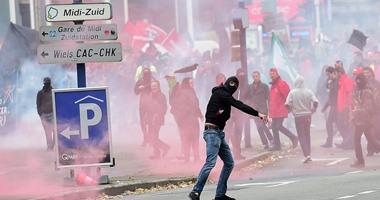 بالصور.. عشرات الآلاف يتظاهرون فى العاصمة البلجيكية ضد سياسة التقشف