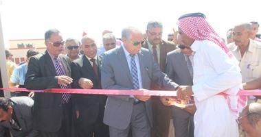 بالصور.. محافظ جنوب سيناء يفتتح مدرسة طابا الجديدة وتفقد الـ200 منزلاً بدويًا