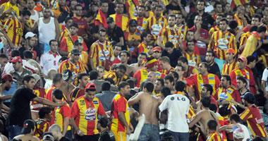 بالفيديو..  لماذا كل هذا الغضب أيها الأشقاء جماهير تونس تدمر مدرجات استاد القاهرة  11020103204910