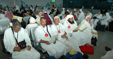 عيادات البعثة الطبية تستقبل 2859