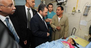 رئيس مجلس الوزراء الدكتور هشام قنديل يتفقد مصابى حادث قطار أسيوط