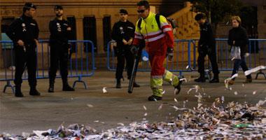 إضراب عمال نظافة مدريد احتجاجا على خفض الأجور يدخل أسبوعه الثانى