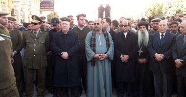 بالصور.. الآلاف يشيعون جنازة شهيد الشرطة بنجع حمادى