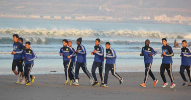 """بالصور.. الرجاء يتدرب على """"شاطئ"""" أغادير فى غياب عمرو زكى"""