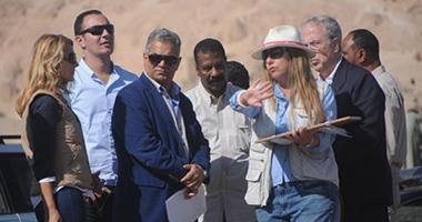 بالصور.. وزير الآثار يتفقد أعمال البعثات الأثرية بالأقصر
