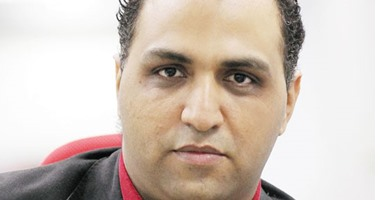 وائل السمرى: من يتحمل خسائر الصحف القومية وهى ترفض زيادة أسعار الجرائد؟