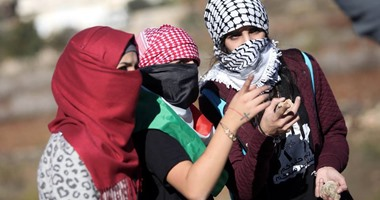 """""""الفلسطينيات"""".. كفاح وطنى واجتماعى ضد التمييز وجرائم الاحتلال الإسرائيلي"""