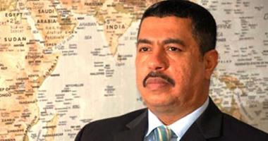 """نائب الرئيس اليمنى يدعو وحدات الجيش الموالية لصالح للانضمام لـ""""الشرعية"""""""