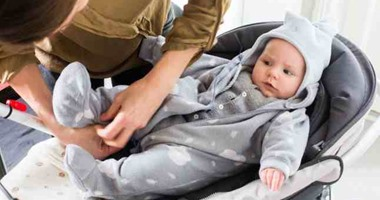 نصائح لتدفئة طفلك عند الخروج من المنزل فى الشتاء