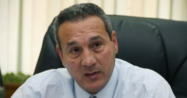 رئيس بنك مصر: الدولار تراجع فى السوق الموازية لـ13.5 جنيه