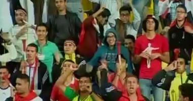 وقفة رمضان صبحى تظهر فى مدرجات مباراة مصر وتشاد