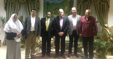 محافظ جنوب سيناء يناقش إنشاء محطة تحلية مياه البحر بشرم الشيخ
