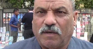 الفيديو.. مواطن يطالب شيخ الأزهر بتعيين الطلاب المتفوقين