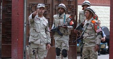 قوات الأمن تحذر أهالى العريش بالابتعاد عن لجان الانتخابات بعد المغرب