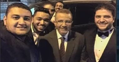 بالفيديو.. أحمد موسى:مصور فيديو كتائب حلوان حضر زفاف نجل  مرسى وهشام قنديل تستر عليه