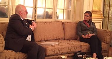 وزيرة التعاون الدولى تبدأ أولى لقاءاتها فى باريس مع مدير مركز التنمية
