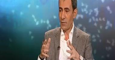 بلاغ للنائب العام يتهم يسرى فودة بالتطاول على رئيس الجمهورية