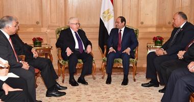 الرئيس السيسى يشدد على التزام مصر بدعم ومساندة العراق فى مكافحة الإرهاب