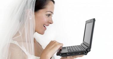 افتح فيسبوك بعد فرحى بقد إيه آخر أسئلة العروسة على السوشيال