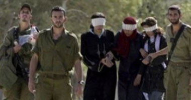 الفلسطينيون يحيون يوم الأسير وسط انتهاكات غير مسبوقة للاحتلال الإسرائيلى