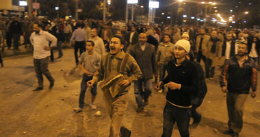 """كاتب إسبانى: مظاهرات """"الاتحادية"""" ستحول مصر إلى """"حمام دماء"""" مرة أخرى"""