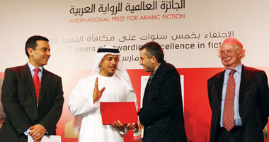 """بعد فوزه بـ""""مركز القلم"""".. ربيع جابر صائد الجوائز اللبنانى الوحيد الفائز بالبوكر"""