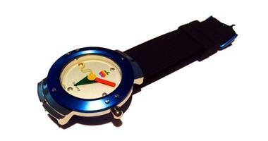 بالفيديو.. تعرف على أول ساعة أطلقتها شركة أبل عام 1995