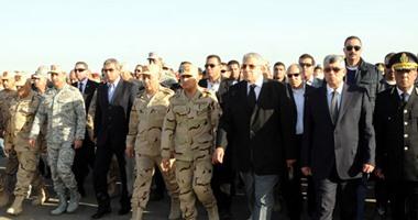 رئيس الوزراء ووزراء الدفاع والداخلية والشباب يتقدمون جنازة شهداء سيناء