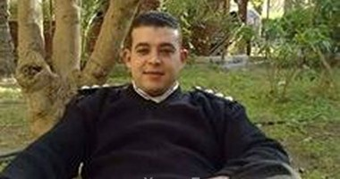 """والدة الضابط شهيد الطالبية: """"ضياء مات ومصر فيها ألف ضياء"""""""