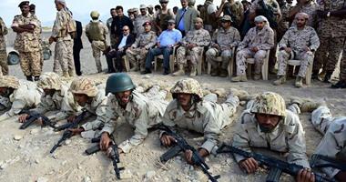 بالصور ..الرئيس اليمنى يشهد حفل تخرج الدفعة الثانية لأفراد المقاومة الشعبية