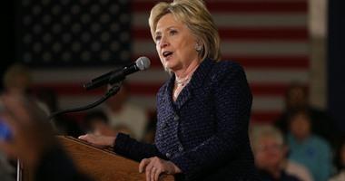 """هيلاري كلينتون تلقى باللوم على مدير """"FBI"""" فى خسارتها رئاسة أمريكا"""