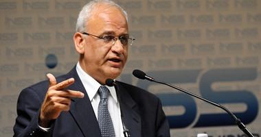 عريقات: حل الدولتين وإنهاء الاحتلال هو الضامن الرئيسى لاستقرار المنطقة