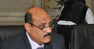 """النائب صلاح عيسى يطالب بتثبيت العاملين بعقود حتى صدور """"الخدمة المدنية"""""""