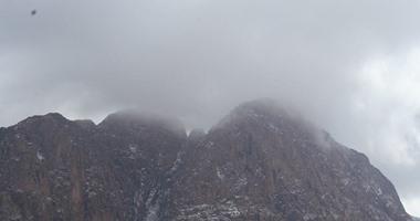 رياح باردة تضرب شمال سيناء وتؤثر على حركة السير
