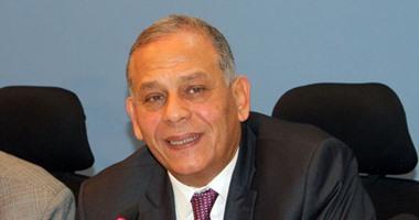 """أنور السادات: """"المصريين زعلوا من كلام الرئيس عن تركه للحكم"""""""
