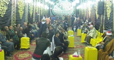 بالصور.. نقابة الإنشاد تقيم عزاءً للشيخ سعيد حافظ أمام مسجد السيدة نفيسة