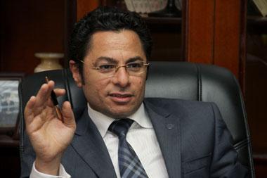 خالد أبوبكر يفحم توكل كرمان على تويتر: مصر أشرف من أن ينال منها أمثالك