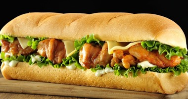 طريقة عمل ساندوتش شيش الطاووق بالليمون والزبادى