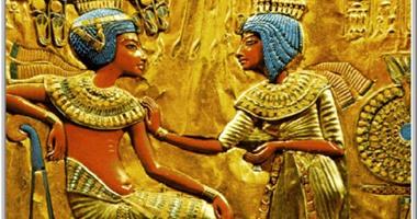 علماء المتحف البريطانى يحللون جوارب أطفال المصريين القدماء: يعتنون بالموضة