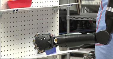 """بالفيديو.. """"ديلى ميل"""": نجاح اختبار التحكم فى الأطراف الصناعية بالعقل"""