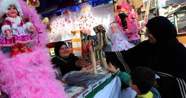 مهرجان حلوى المولد النبوى.. عروسة وحصان بكل الألوان