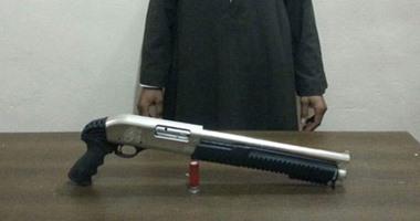 القبض على عاطل بحوزته سلاح نارى وحشيش فى التل الكبير بالإسماعيلية