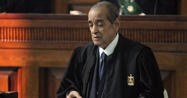 وصول فريد الديب محكمة التجمع لحضور محاكمة المتهمين فى  رشوة بورسعيد