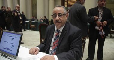"""فيديو.. النائب طلعت خليل عن قانون رواتب الوزراء والمحافظين: """"هم كلهم كام واحد يعنى"""""""