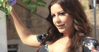 """فيديو.. سالى خليل تطرح أغنيتها الجديدة """"الفراق"""""""