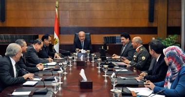رئيس الحكومة يجتمع بوزراء الزراعة والإسكان والرى لبحث استصلاح المليون فدان